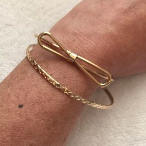 Jewelry - Gold Twisted Bow Tie and Bangle Bracelets. NWOT